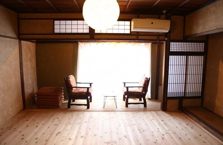 プライベートルーム(2〜6名1室)